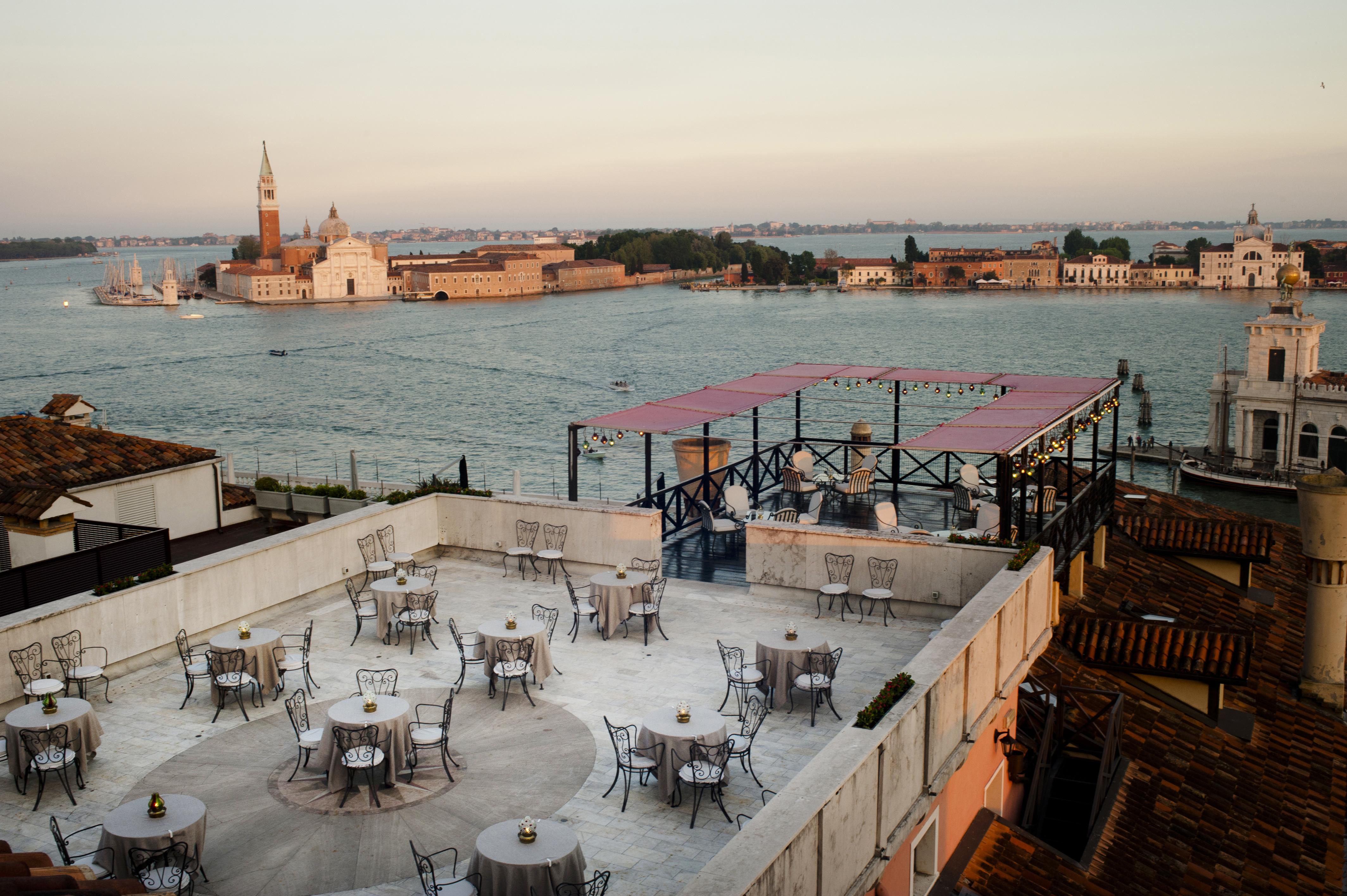 BP - Il Palazzo Settimo Cielo breakfast terrace